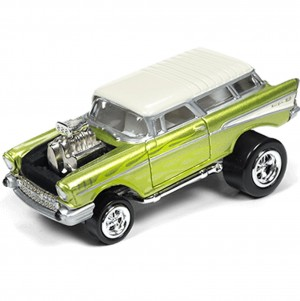 Miniatura - 1:64 - 1957 Chevy Nomad - Verde - Street Freaks - Johnny Lighting