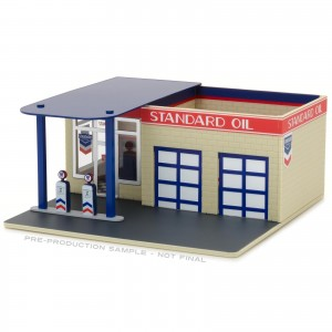 Diorama - 1:64 - Vintage Gas Station Standard - Mechanic's Corner - Greenlight