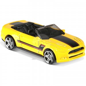 Hot Wheels - 2015 Ford Mustang GT Convertible - FJX74